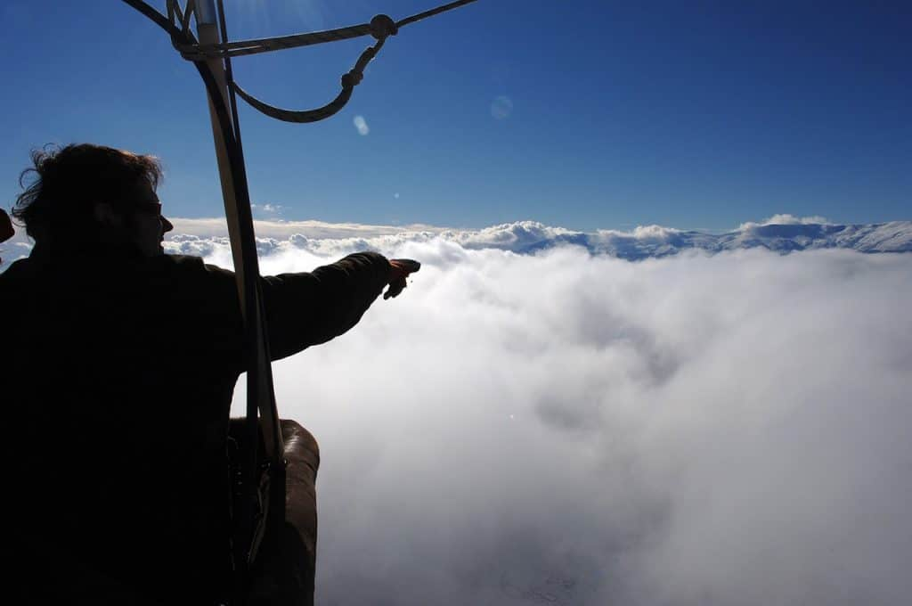 Ballonfahrt in Spanien über den Wolken
