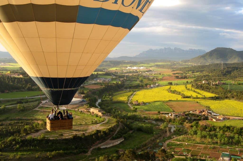 Ballonfahrt in Katalonien bei Montserrat- Manresa von oben erleben